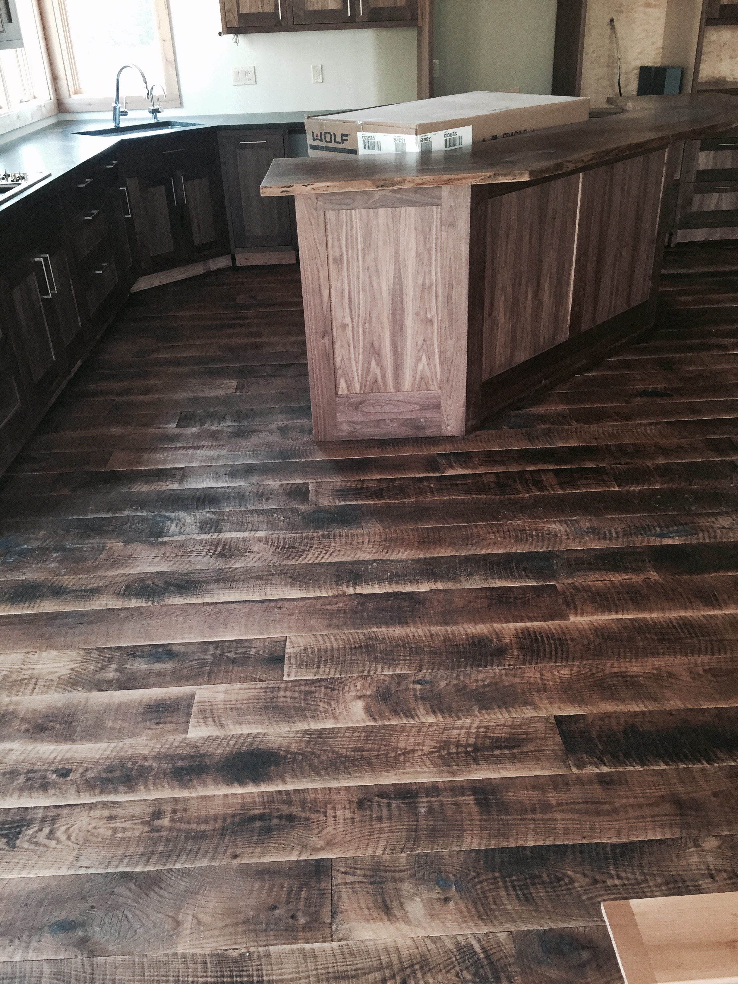 Oregon Reclaimed Circle Sawn Oak 1 Coat Finish